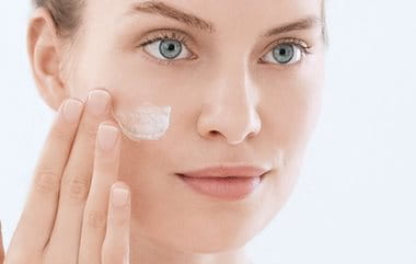 Acne scars | the consequences of acne | Eucerin