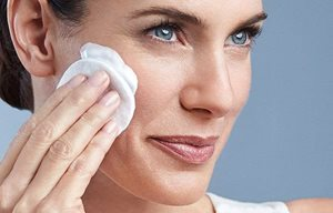 How to use Cleansing Milk